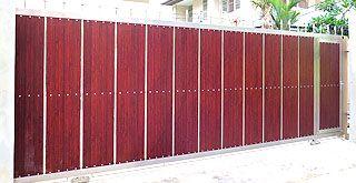 ประตูรั้วสแตนเลส แฮร์ไลน์ ผิวด้าน