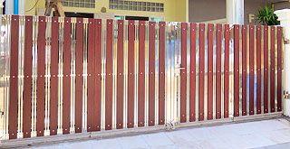ประตูรั้วบานพับสแตนเลสแบบมีราง