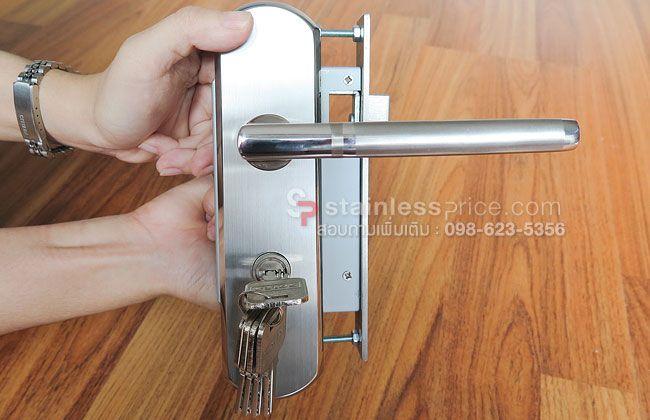 มือจับประตูรั้วประกอบเสร็จ